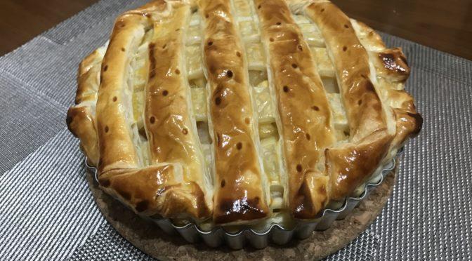 食べきれないリンゴの美味しい食べ方!!たっぷりカスタードのアップルパイ!!