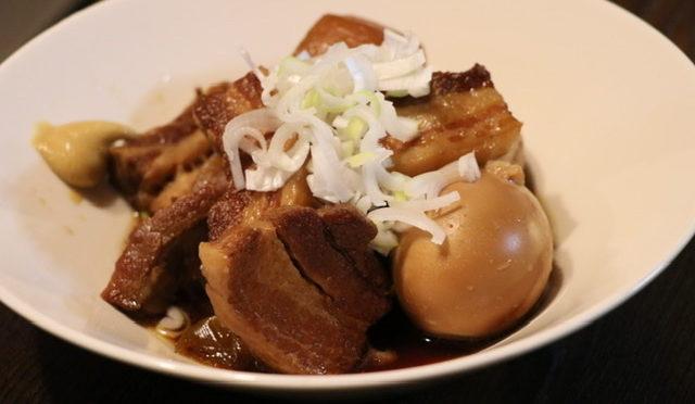 ご飯やおつまみに最適「staub」でやわらか豚の角煮!