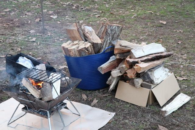 薪 焚き火
